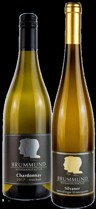 Eine Flasche Chardonnay und eine Flasche Silvaner Sprendlinger Klostergarten der Weinmanufaktur Brummund
